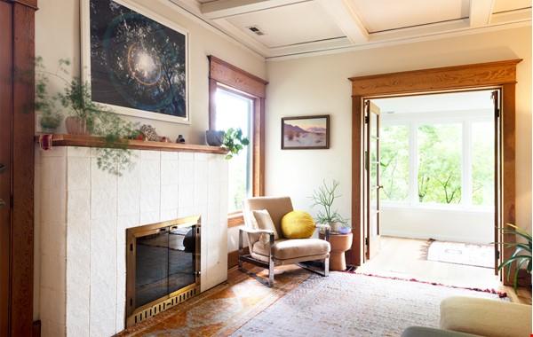 Scandinavian Queen Anne Home Home Rental in Seattle 2 - thumbnail