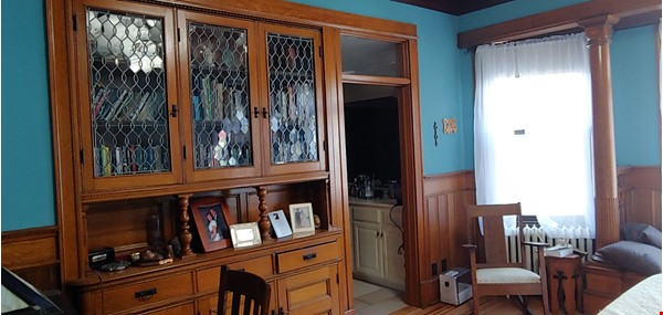 """Not your """"cookie cutter"""" rental unit. This condo has character! Home Rental in Minneapolis 2 - thumbnail"""
