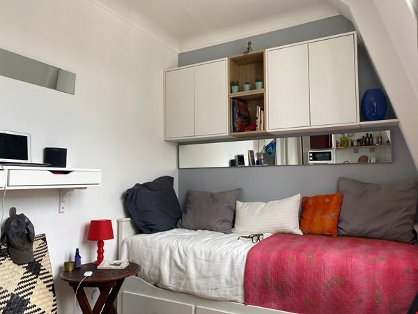 Exquisite Parisian studio in the sky! Home Rental in Paris 5 - thumbnail