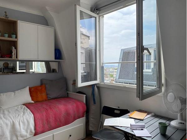 Exquisite Parisian studio in the sky! Home Rental in Paris 0 - thumbnail