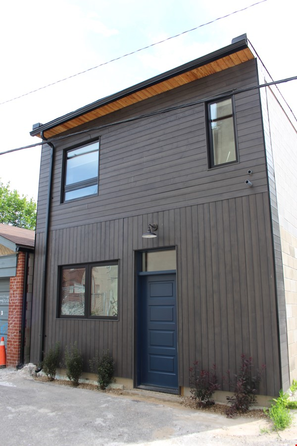 Looking for a beautiful, brand new home near the University of Toronto? Home Rental in Toronto 0 - thumbnail