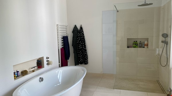 7-room upper-class apartment (2500 sq. foot) for long term rent Home Rental in Berlin 7 - thumbnail