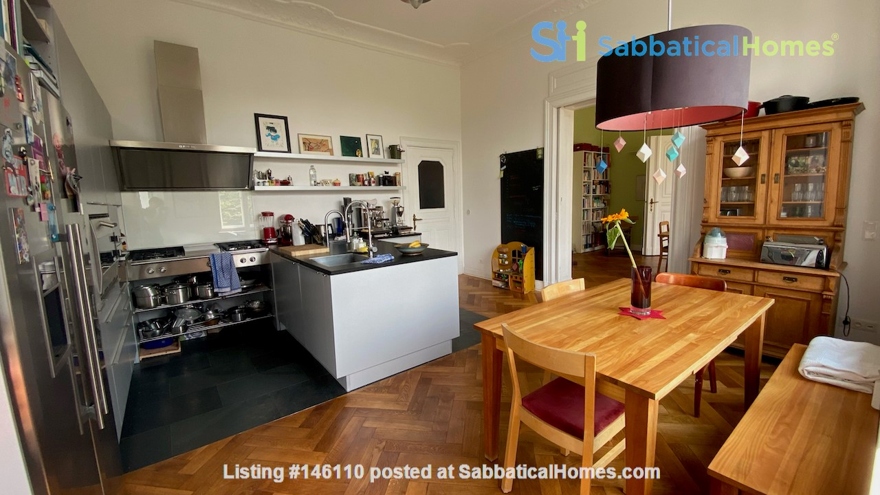7-room upper-class apartment (2500 sq. foot) for long term rent Home Rental in Berlin 2