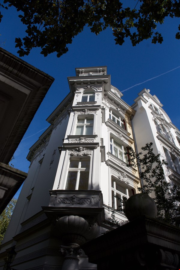 7-room upper-class apartment (2500 sq. foot) for long term rent Home Rental in Berlin 1 - thumbnail