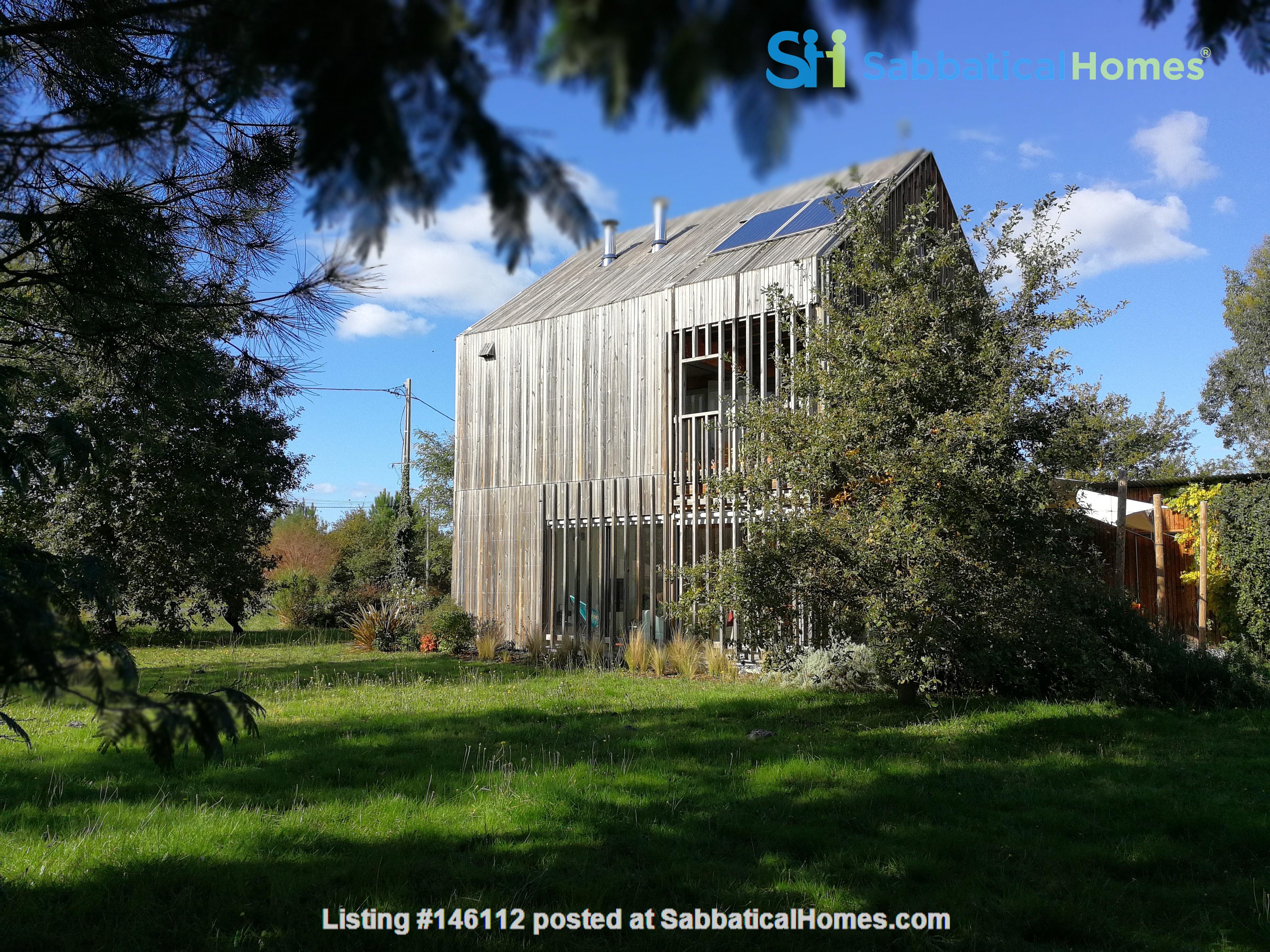 Wooden contemporary house closed to the ocean_Nouvelle Aquitaine Home Exchange in Saint-Julien-en-Born 0