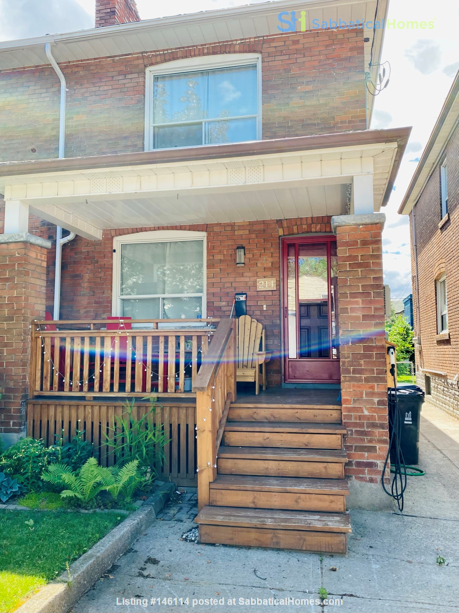 Charming 3 bdrm garden home for rent near The Danforth (w/backyard&parking) Home Rental in Toronto 1
