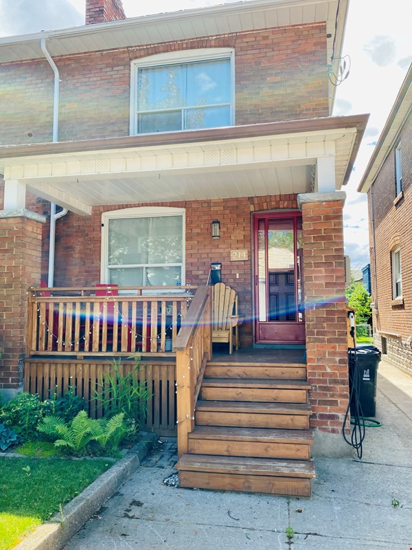 Charming 3 bdrm garden home for rent near The Danforth (w/backyard&parking) Home Rental in Toronto 1 - thumbnail