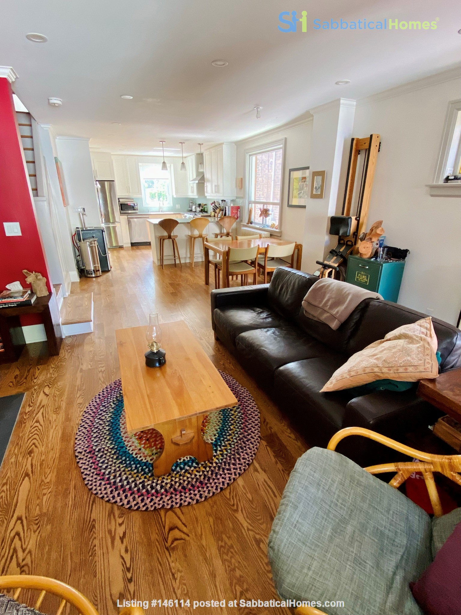 Charming 3 bdrm garden home for rent near The Danforth (w/backyard&parking) Home Rental in Toronto 2