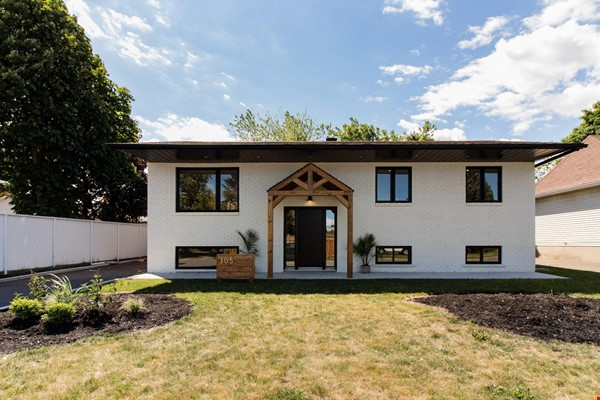 Brand new split level house in a quiet suburb 20 mins from Montreal Home Exchange in La Prairie 0 - thumbnail