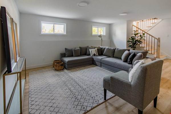 Brand new split level house in a quiet suburb 20 mins from Montreal Home Exchange in La Prairie 7 - thumbnail