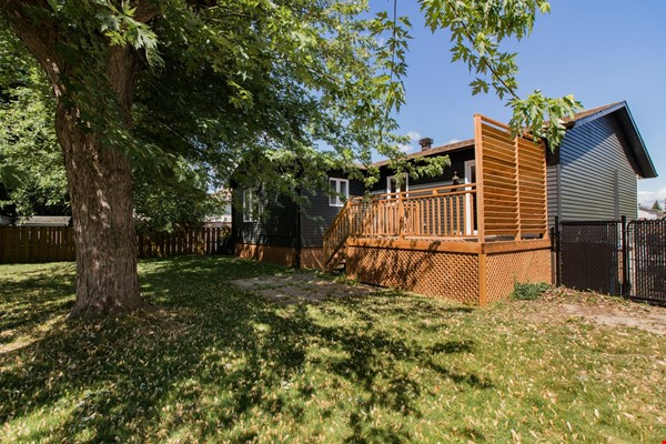 Brand new split level house in a quiet suburb 20 mins from Montreal Home Exchange in La Prairie 8 - thumbnail