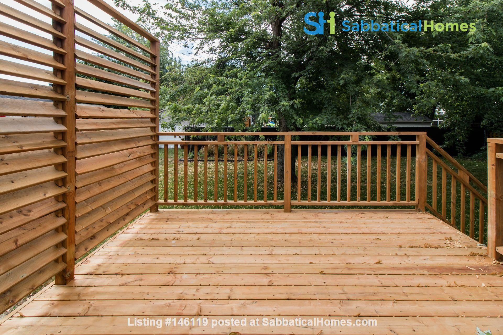 Brand new split level house in a quiet suburb 20 mins from Montreal Home Exchange in La Prairie 9