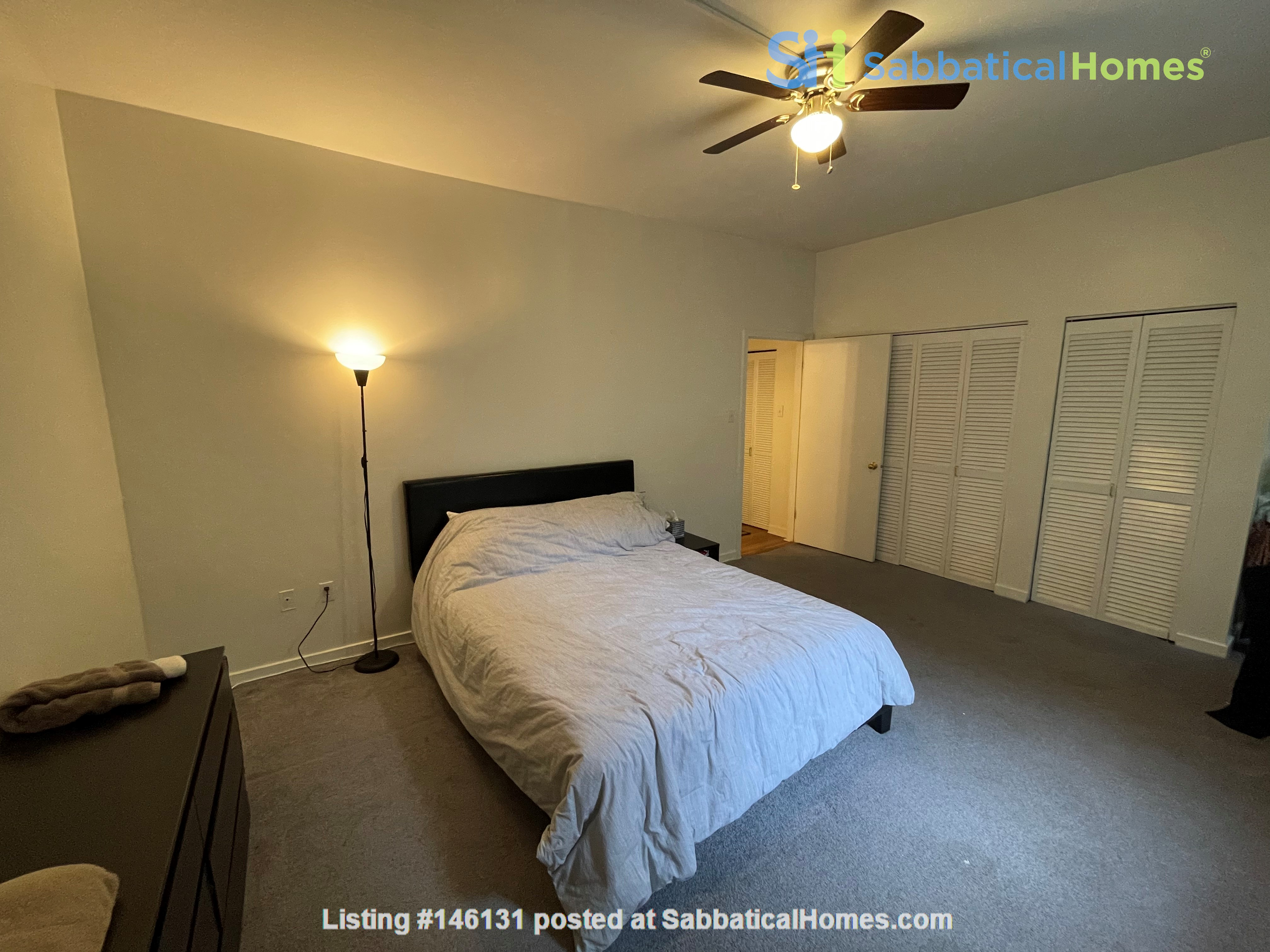 Spacious Old City 1 bedroom available Aug 1 -a city oasis! Home Rental in Philadelphia 3
