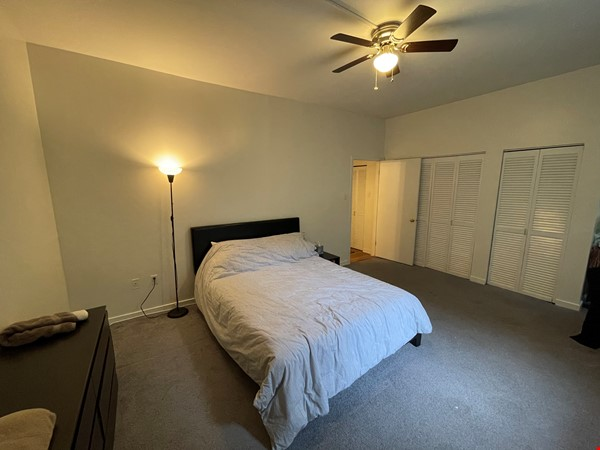 Spacious Old City 1 bedroom available Aug 1 -a city oasis! Home Rental in Philadelphia 3 - thumbnail