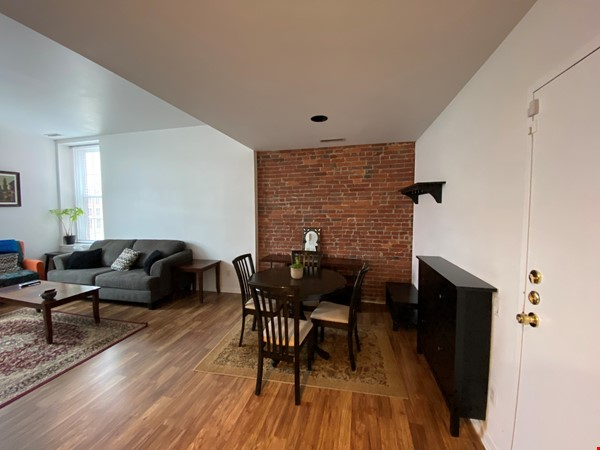 Sunny and bright old city 2 bedroom - near everything! Home Rental in Philadelphia 2 - thumbnail