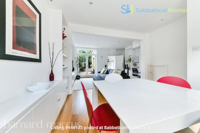 A bright, beautiful house on the cutest square in Kennington! Home Rental in  2
