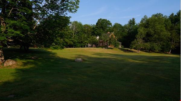 Idyllic Midcoast Maine Writer/Artist's Retreat Home Rental in Searsmont 3 - thumbnail