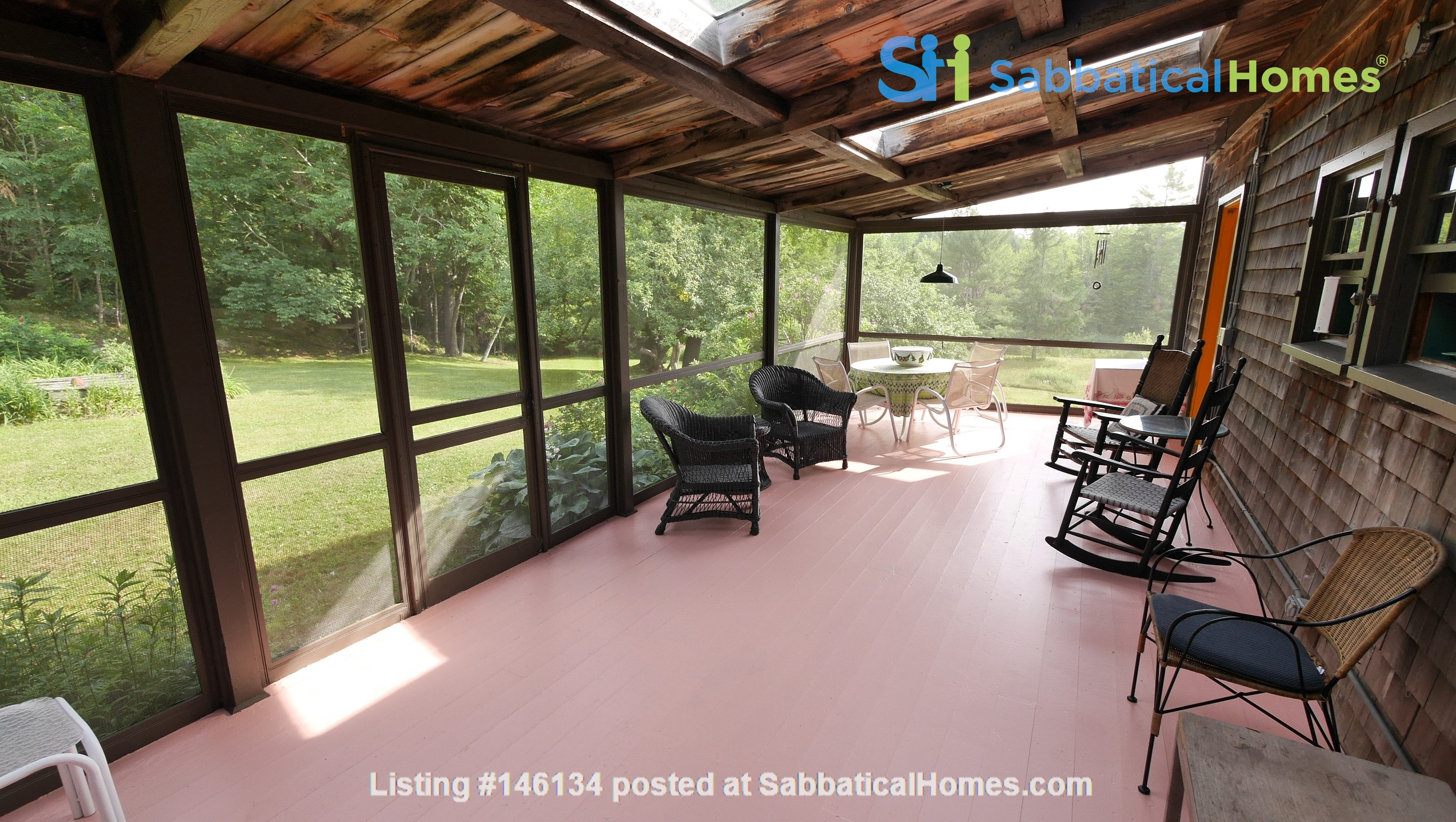 Idyllic Midcoast Maine Writer/Artist's Retreat Home Rental in Searsmont 4