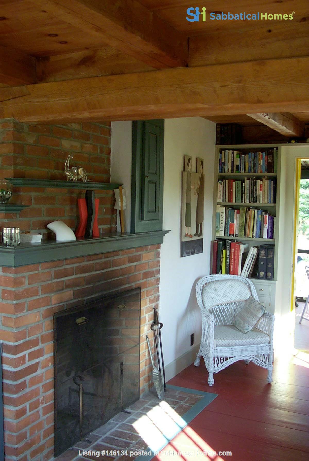 Idyllic Midcoast Maine Writer/Artist's Retreat Home Rental in Searsmont 0