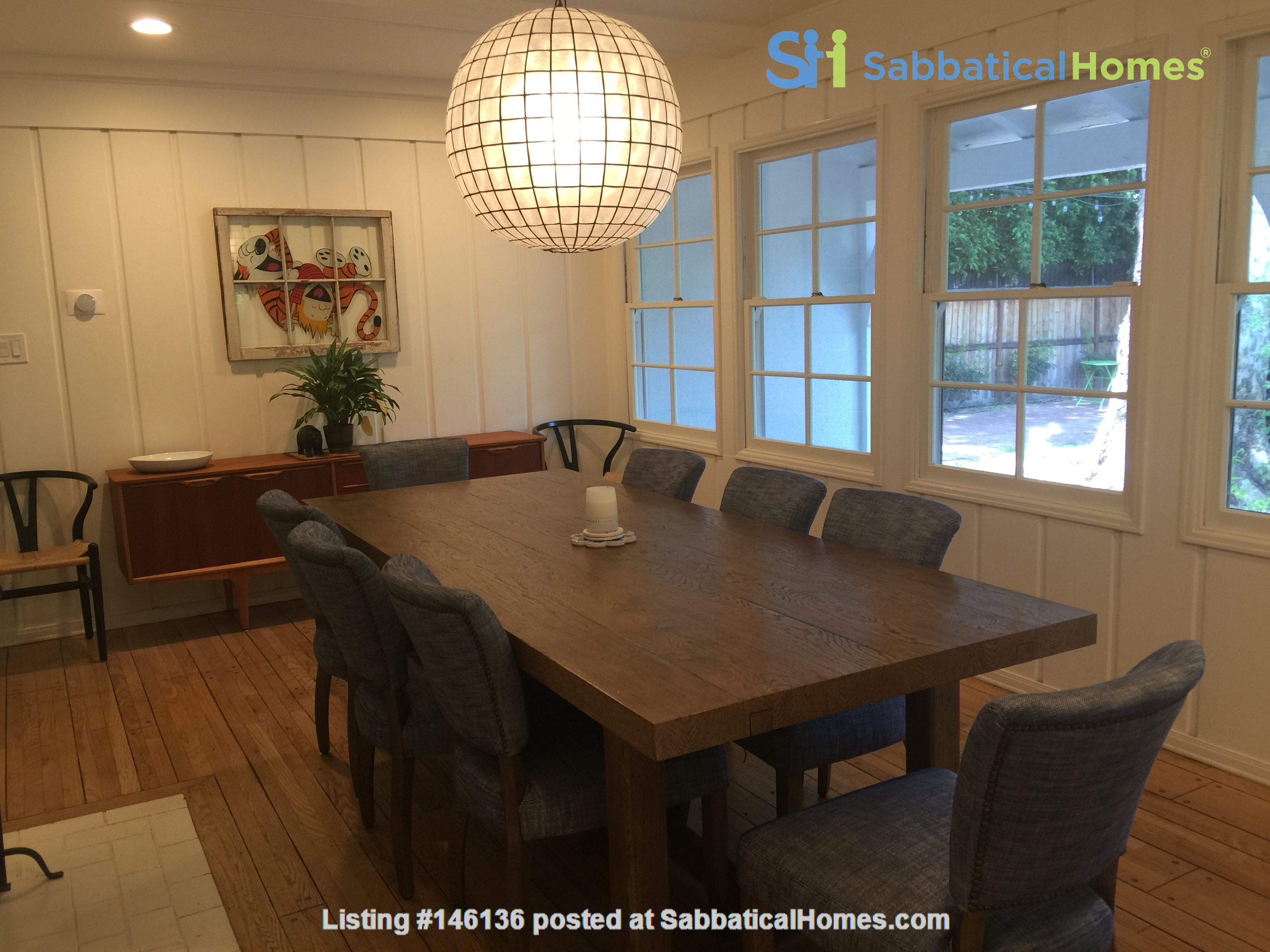 Charming storybook home with great location and pool Home Rental in Los Angeles 3
