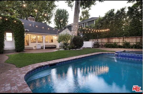 Charming storybook home with great location and pool Home Rental in Los Angeles 0 - thumbnail