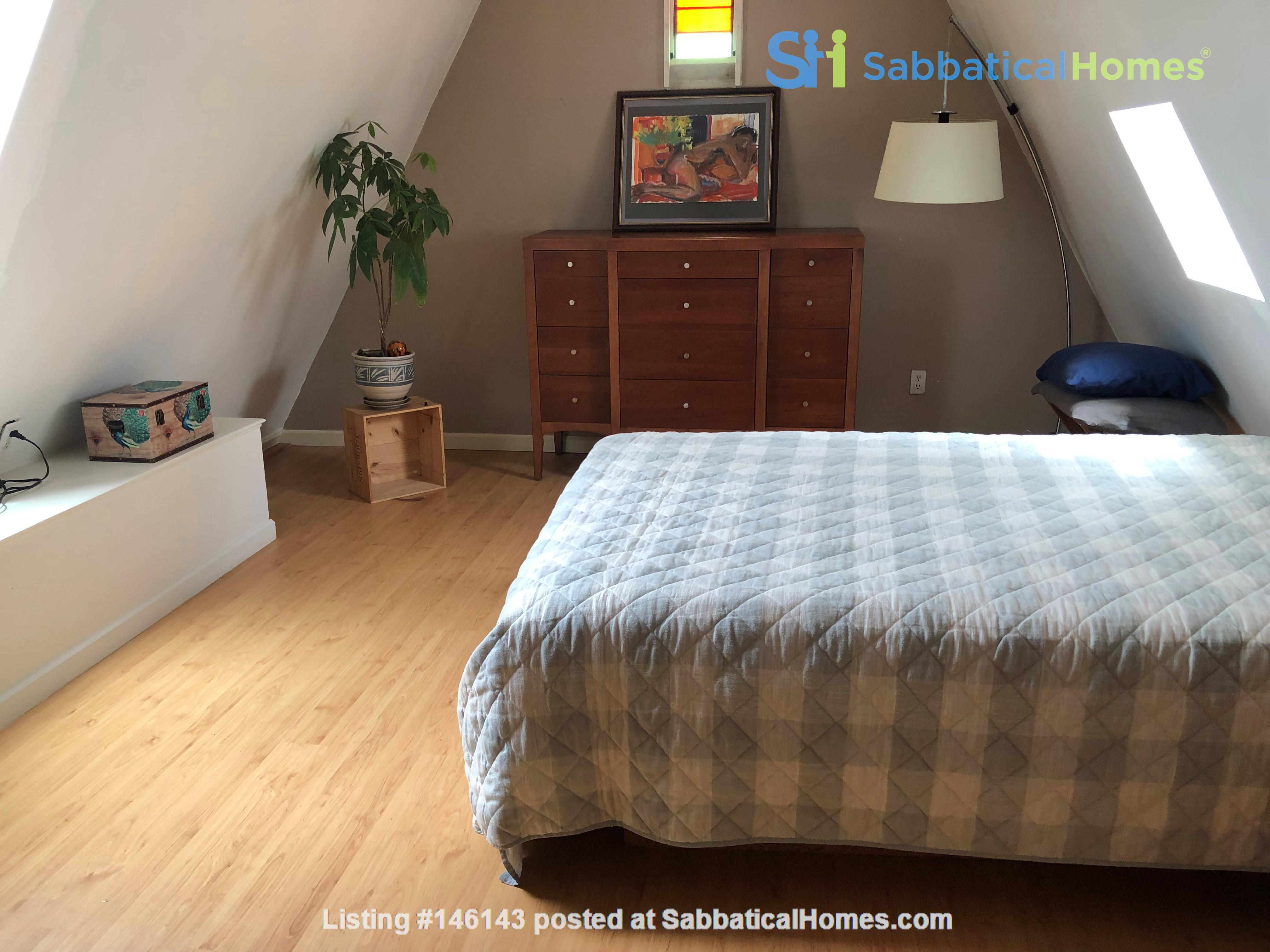 Beautiful, split-level, loft-style 1 bd. with study near CAL Home Rental in Berkeley 4