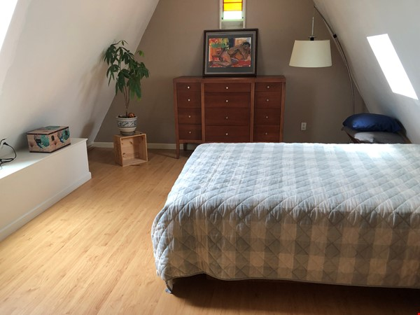Beautiful, split-level, loft-style 1 bd. with study near CAL Home Rental in Berkeley 4 - thumbnail