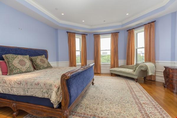 Beautiful, spacious 2-bedroom Back Bay apartment Home Rental in Boston 6 - thumbnail