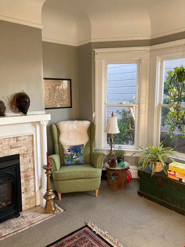 Historic, central SF Victorian in Russian Hill, views of Golden Gate Bridge Home Rental in SF 1 - thumbnail