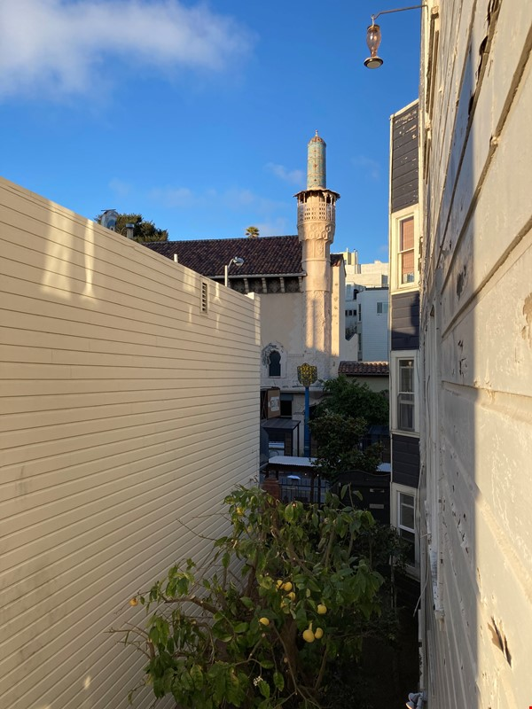 Historic, central SF Victorian in Russian Hill, views of Golden Gate Bridge Home Rental in SF 7 - thumbnail