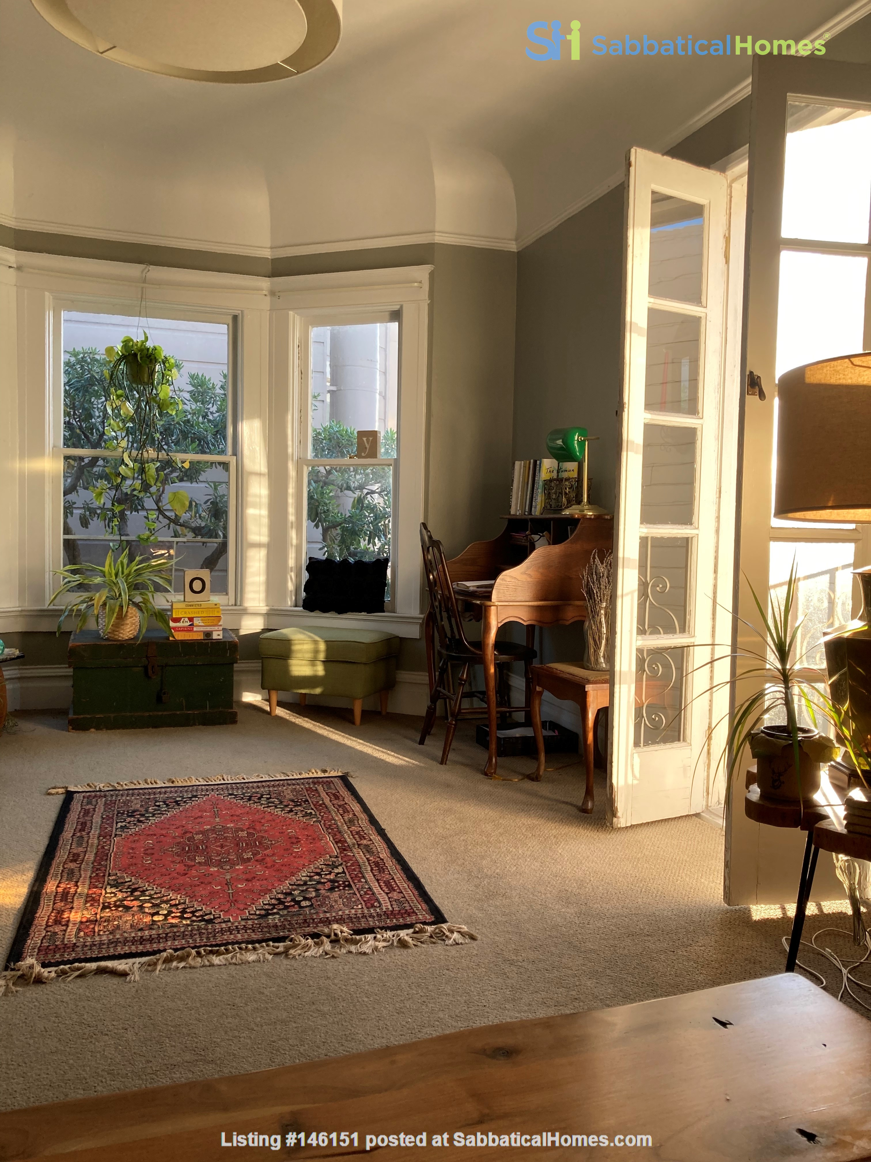 Historic, central SF Victorian in Russian Hill, views of Golden Gate Bridge Home Rental in SF 4