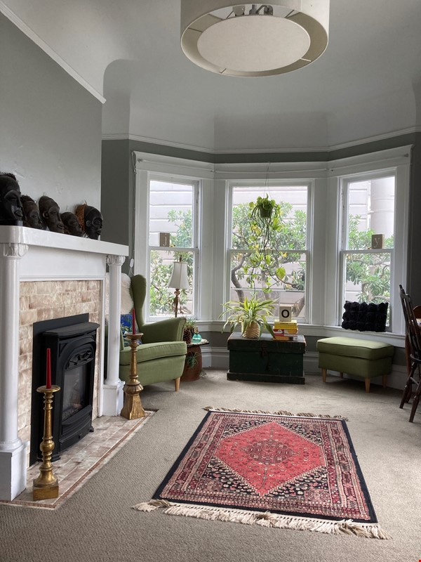 Historic, central SF Victorian in Russian Hill, views of Golden Gate Bridge Home Rental in SF 0 - thumbnail