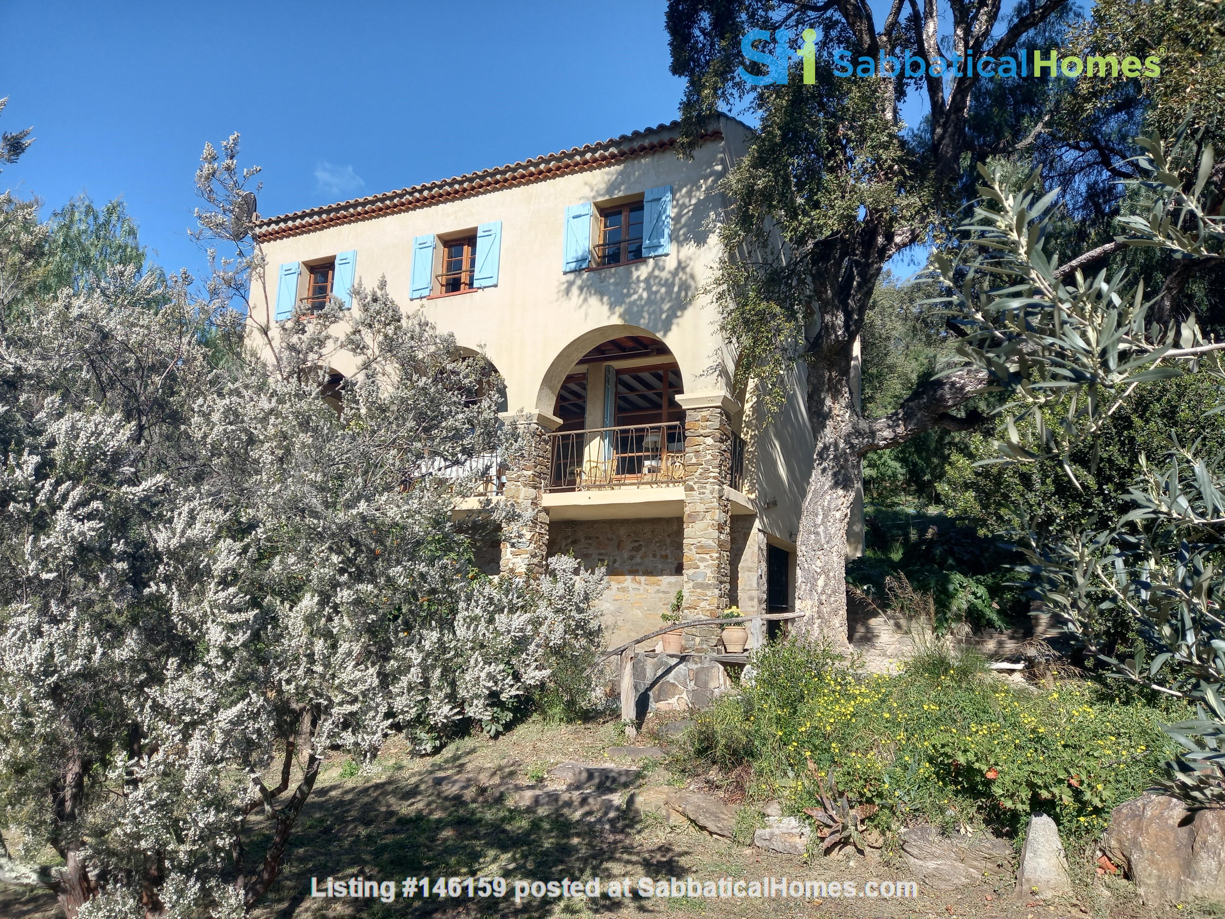 house for rent near Le Lavandou France for a 6 month term(negotiable) Home Rental in Le Lavandou 1