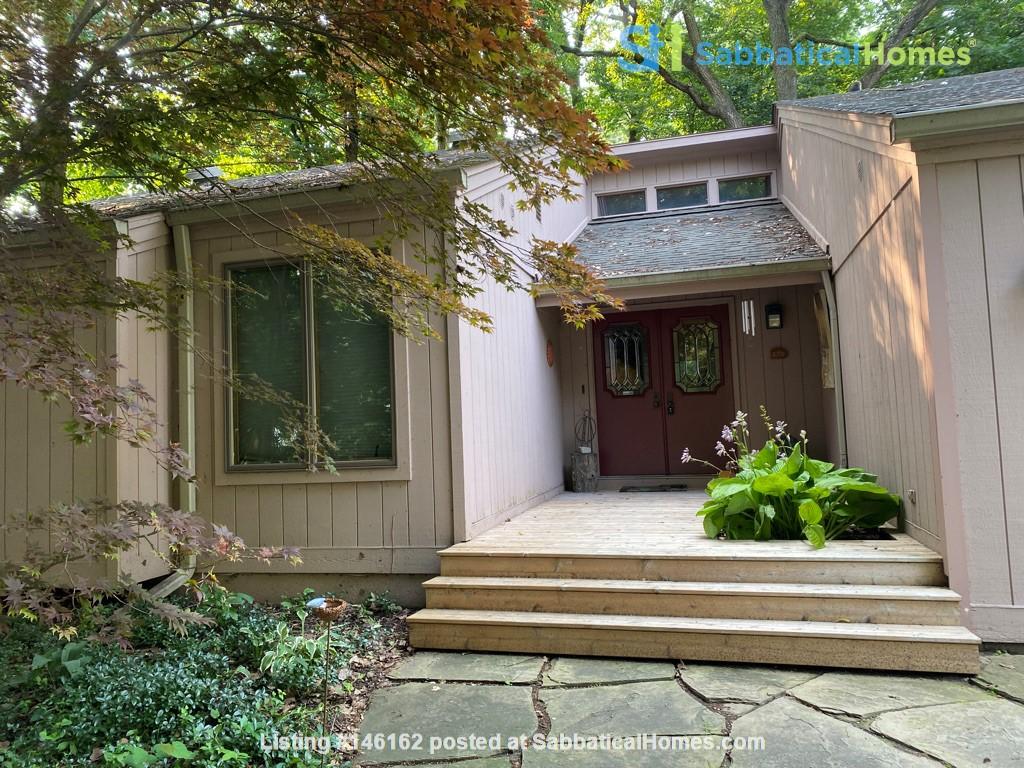 Spacious Ann Arbor Hills Home - Easy Walk to Campus -Close to the Arboretum Home Rental in Ann Arbor 1