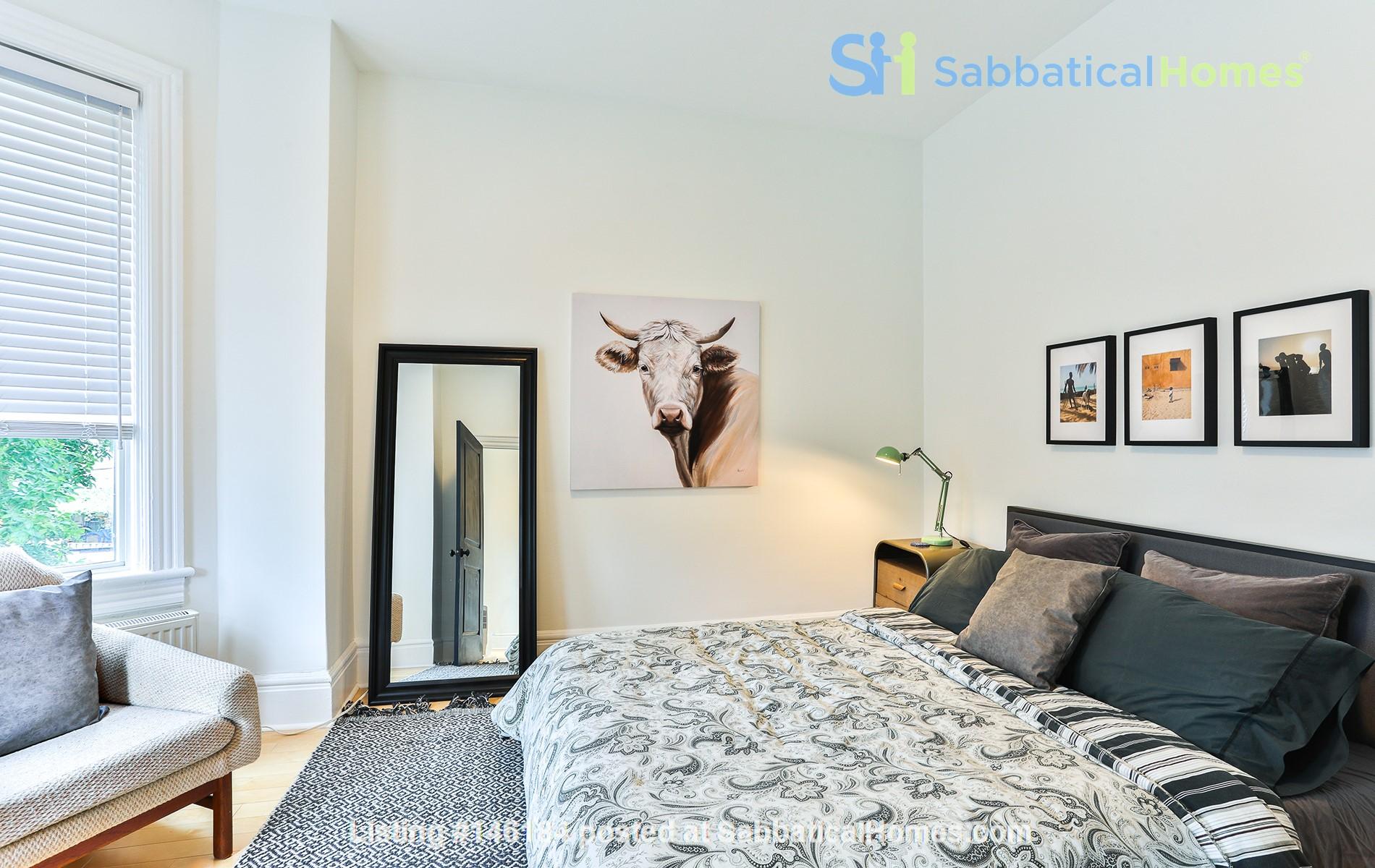 Pristine Two Storey Loft in Little Italy/Ossington/Trinity Bellwoods Home Rental in Toronto 6