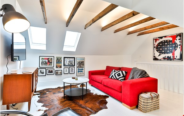 Pristine Two Storey Loft in Little Italy/Ossington/Trinity Bellwoods Home Rental in Toronto 0 - thumbnail