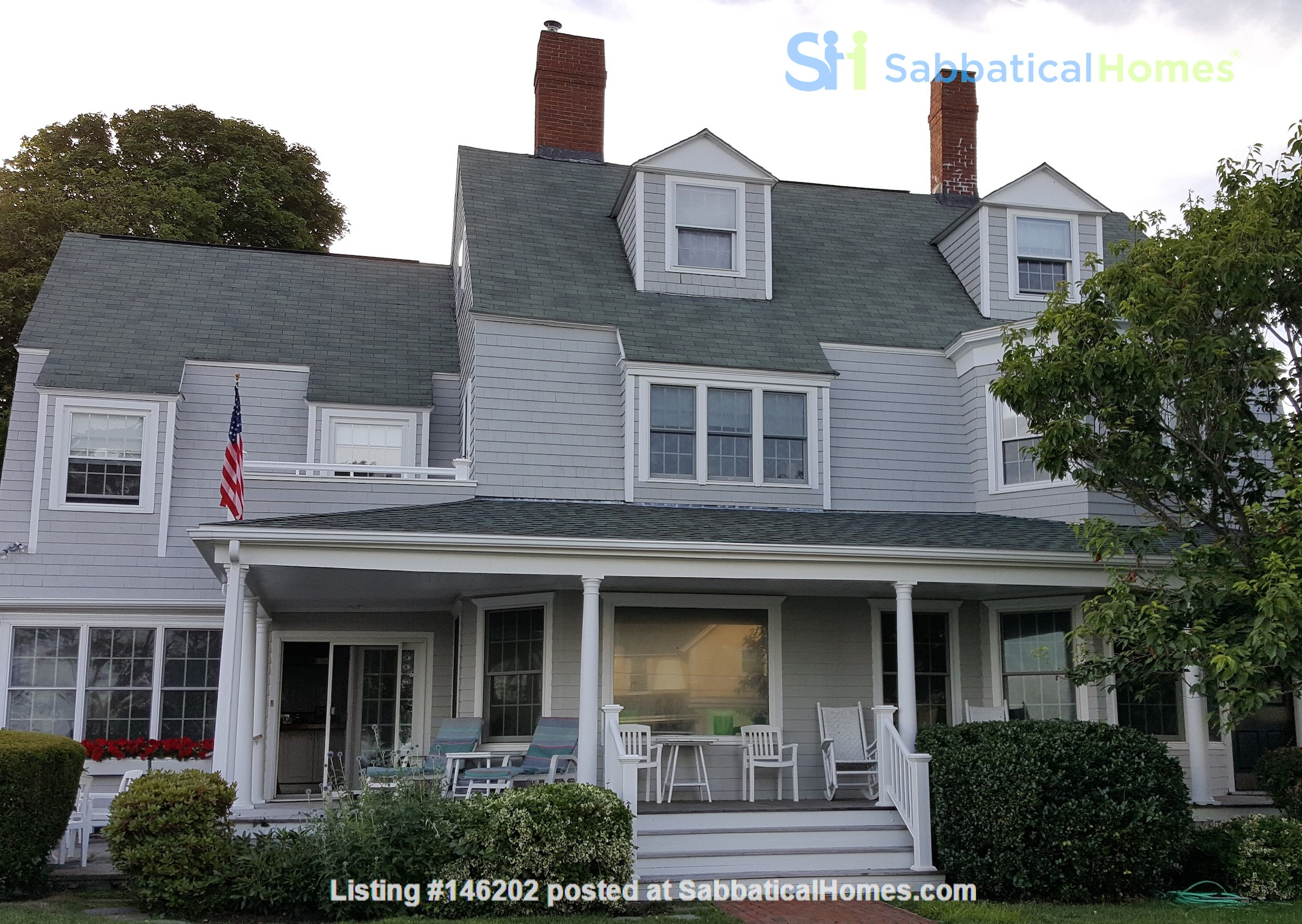 Spacious renovated Victorian with ocean views from every room! Home Rental in Marblehead 2
