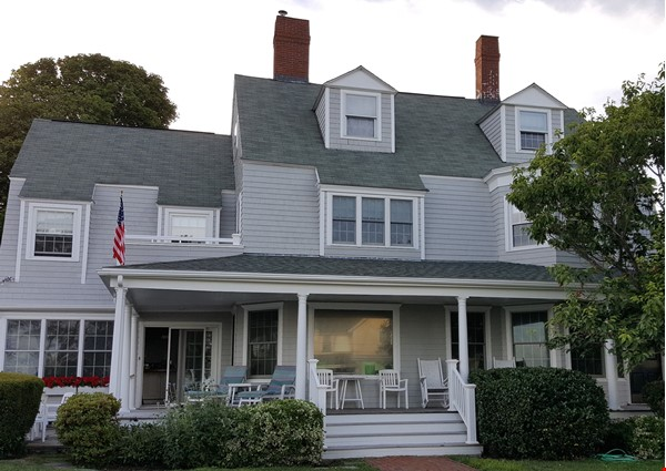 Spacious renovated Victorian with ocean views from every room! Home Rental in Marblehead 2 - thumbnail