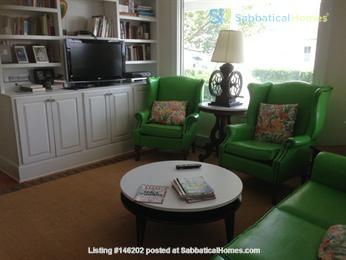 Spacious renovated Victorian with ocean views from every room! Home Rental in Marblehead 6