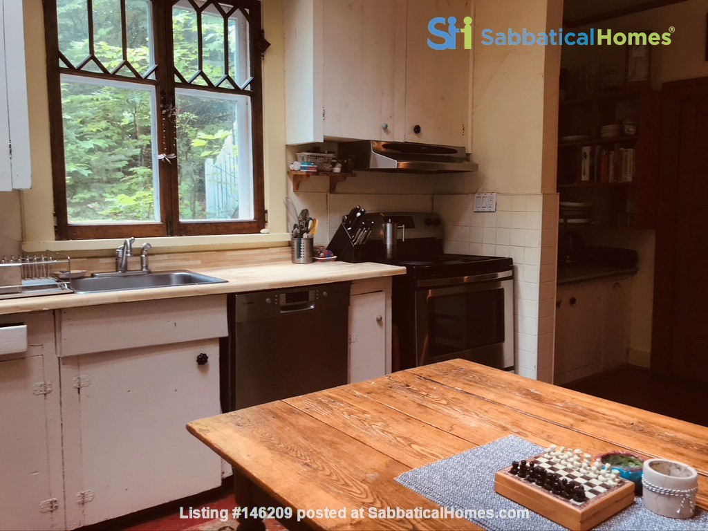 3 BR Historic Arts and Crafts House in Beautiful Wakefield Village Home Rental in Wakefield 5