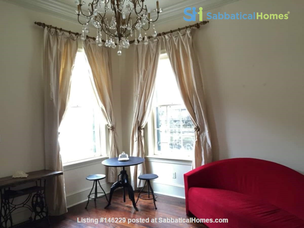 Elegant furnished 1-bedroom condo in French Quarter Home Rental in New Orleans 5