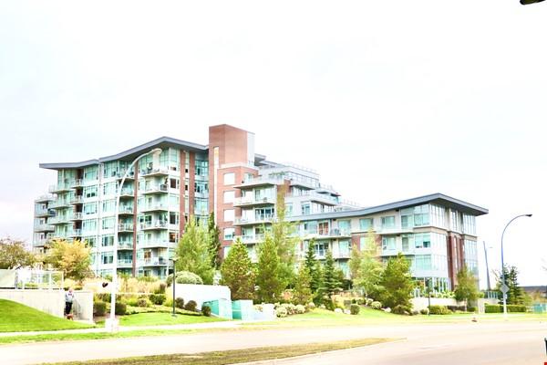 Downtown Train Home Rental in Edmonton 0 - thumbnail