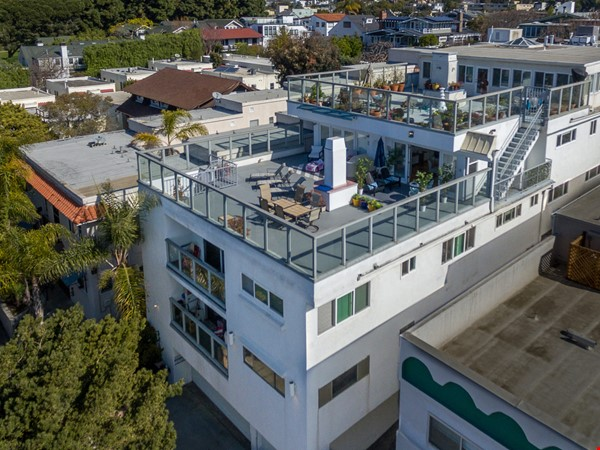 2BR Furnished Condo w/ Ocean View in Santa Monica, Walk to Beach, Transit Home Rental in Santa Monica 0 - thumbnail