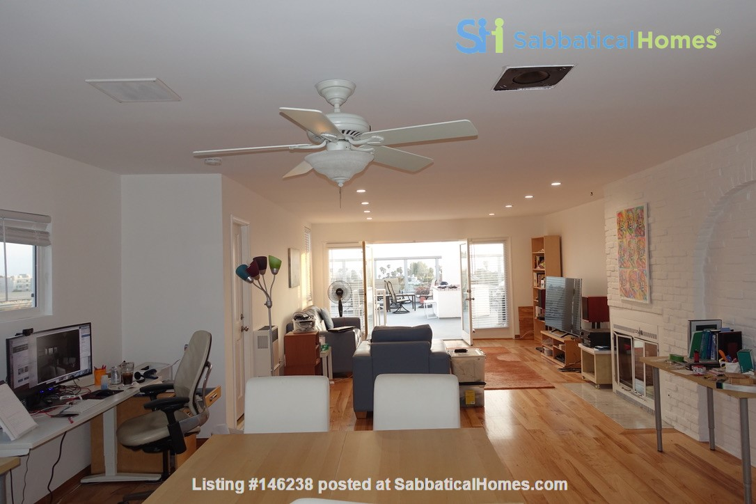 2BR Furnished Condo w/ Ocean View in Santa Monica, Walk to Beach, Transit Home Rental in Santa Monica 1