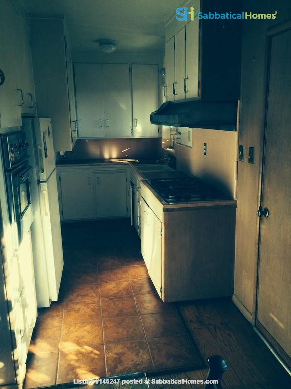 Cottage in North Berkeley Hills, Available Late August 2021 Home Rental in Berkeley 7