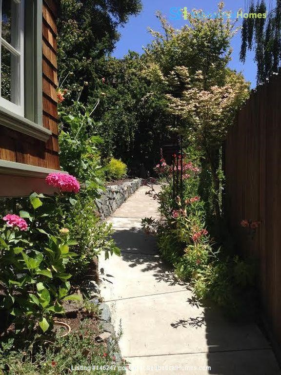 Cottage in North Berkeley Hills, Available Late August 2021 Home Rental in Berkeley 8