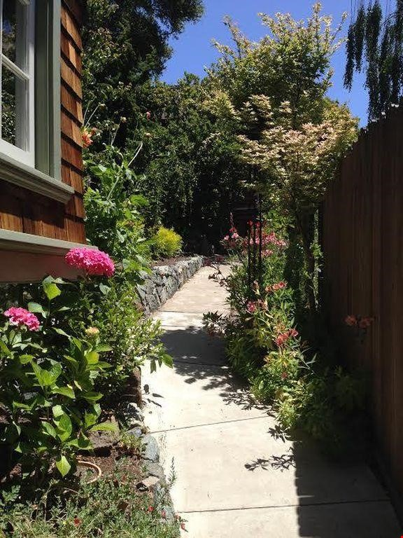 Cottage in North Berkeley Hills, Available Late August 2021 Home Rental in Berkeley 8 - thumbnail
