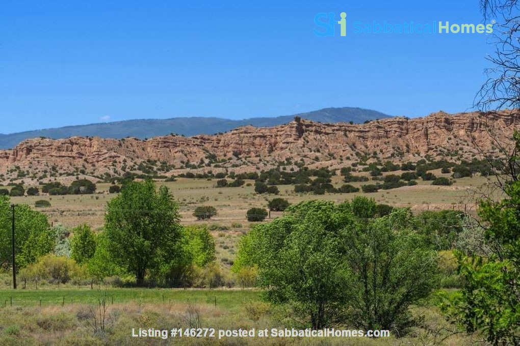 QUIET, BEAUTIFUL SECLUDED Santa Fe HOME 2BR on estate - sweeping views Home Rental in Santa Fe 0