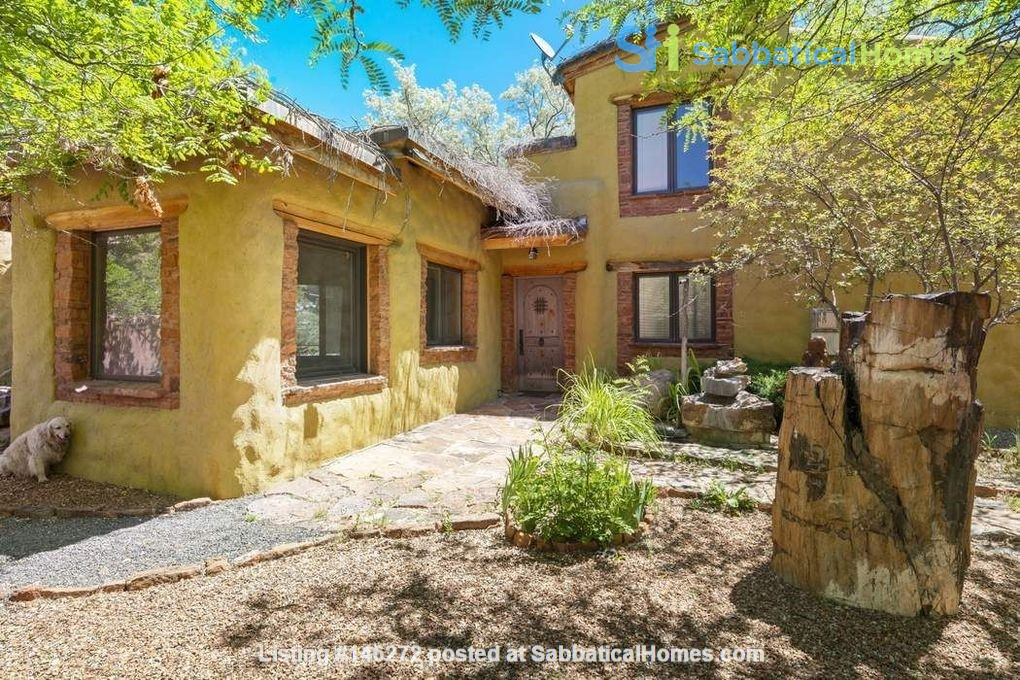 QUIET, BEAUTIFUL SECLUDED Santa Fe HOME 2BR on estate - sweeping views Home Rental in Santa Fe 3