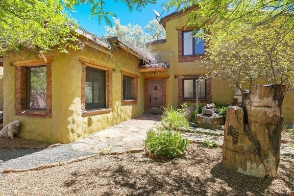 QUIET, BEAUTIFUL SECLUDED Santa Fe HOME 2BR on estate - sweeping views Home Rental in Santa Fe 3 - thumbnail